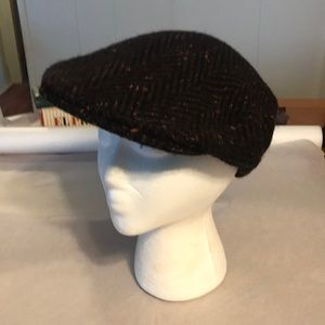 Shandon headwear in donegal tweed